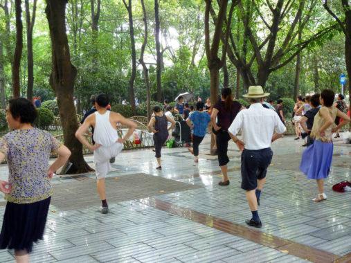 Mankšta ir šokiai Chengdu