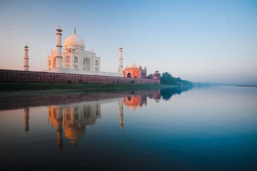 Taj Mahal auštant
